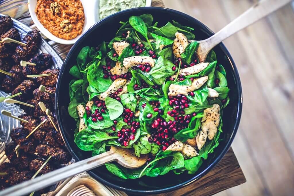 Eine gesunde und ausgewogene Ernährung stärkt auch unser Immunsystem.